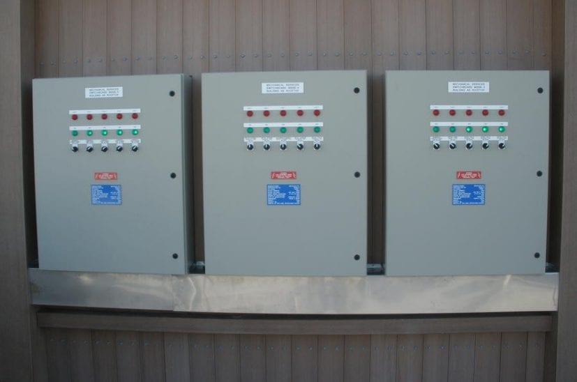 lee-wharf-control-panels-827x548